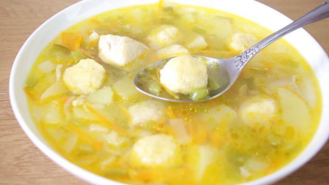 Суп с клецками — 6 пошаговых рецептов приготовления