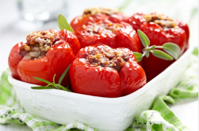 Фаршированные перцы запеченные в духовке — 9 самых вкусных рецептов