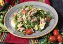 Салат с тунцом консервированным: ТОП-10 классических рецептов